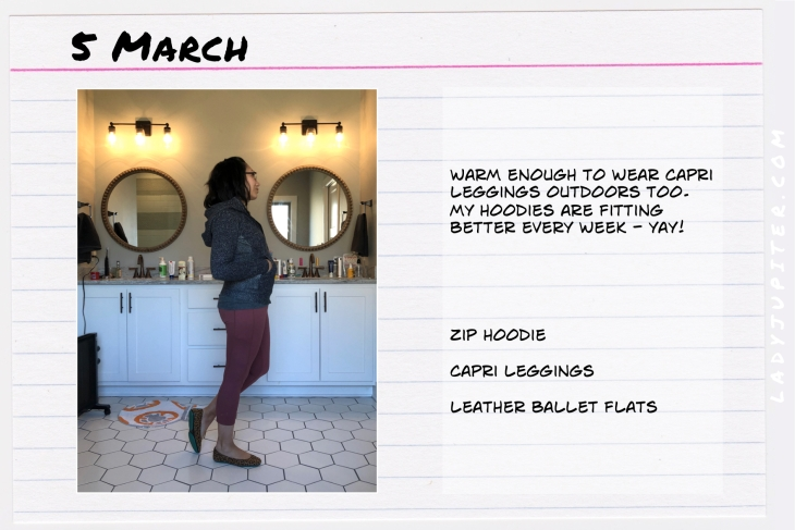 Outfit of the day March 5. #OOTD #dailyoutfit #lululemon #scubahoodie
