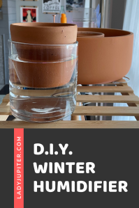 Looking for a low-tech humidifier? Here's one that I made in a pinch. It may not be super effective, but I like it. #DIY #LittleProject #DIYhumidifier #LadyJupiter