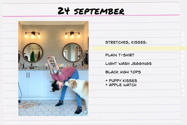 Outfits of the Day, Q4! Here's what I wore this quarter. I'm a hobby-blogger with a toddler, here's what I like to wear. #OOTD #MomOutfits #MomStyle #September #AppleWatch